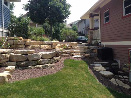 OutdoorArtsLandscape middletonhillsflagstone plantingswalls 001