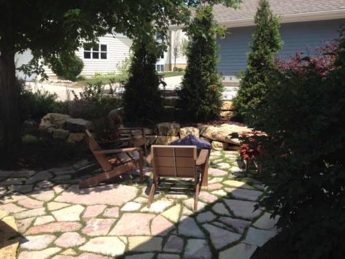 OutdoorArtsLandscape middletonhillsflagstone plantingswalls 005
