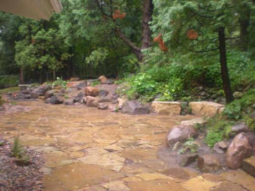 OutdoorArtsLandscape GililandNatStone wallsflagstonepatios 004
