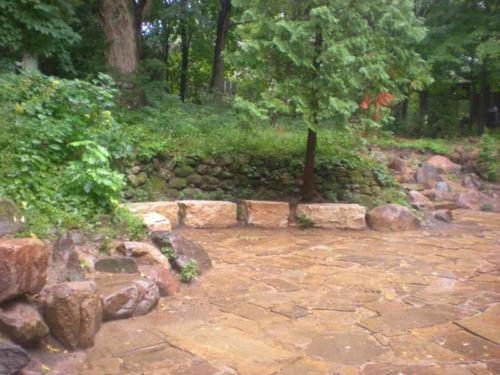 OutdoorArtsLandscape GililandNatStone wallsflagstonepatios 005