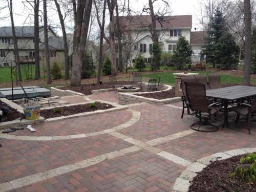 OutdoorArtsLandscape walshpatio pillarsstonewallsoutdoorliving 003