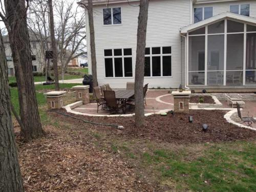 OutdoorArtsLandscape walshpatio pillarsstonewallsoutdoorliving 004