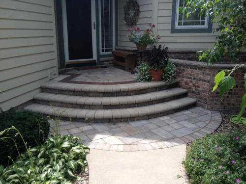 OutdoorArtsLandscape seminolvillagefront entriesplantings 000