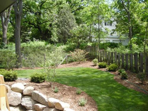 OutdoorArtsLandscape shorewood plantingsandbeds 002