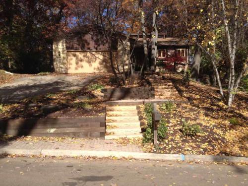 OutdoorArtsLandscape GageTimberWalls concretestepsfrontentry 014