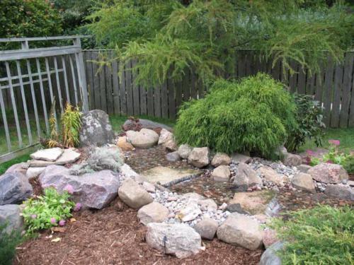 OutdoorArtsLandscape BuhmanWaterFeature PlantingColor 005
